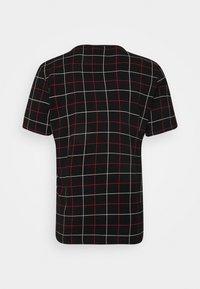 Fila - WING TEE - Camiseta estampada - black - 1