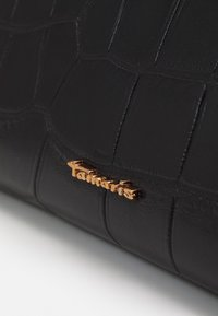Tamaris - BEATE - Wallet - black - 3