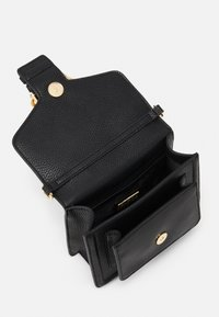 Versace Jeans Couture - MINI TOP HANDLE - Borsa a mano - nero - 3