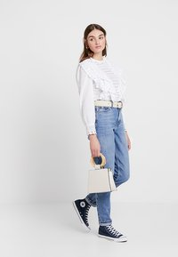 Topshop - MOM NEW - Relaxed fit jeans - blue denim - 1