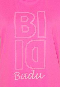 BIDI BADU - HENNI LIFESTYLE TEE - Funkční triko - pink - 2