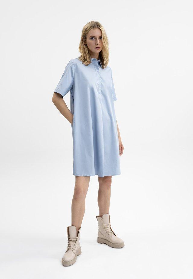 Shirt dress - silberblau