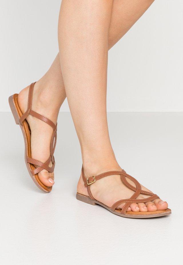 NAVASSA - Sandály - brown