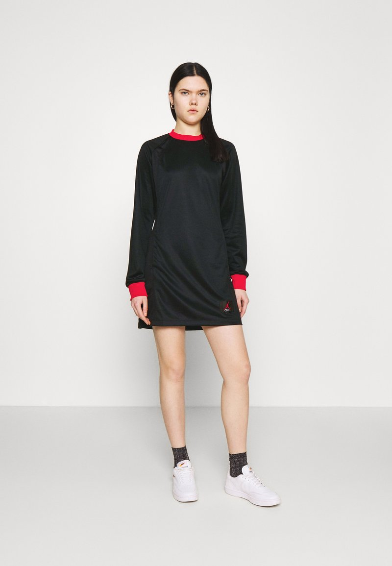 Jordan - DRESS - Vestido informal - black/university red