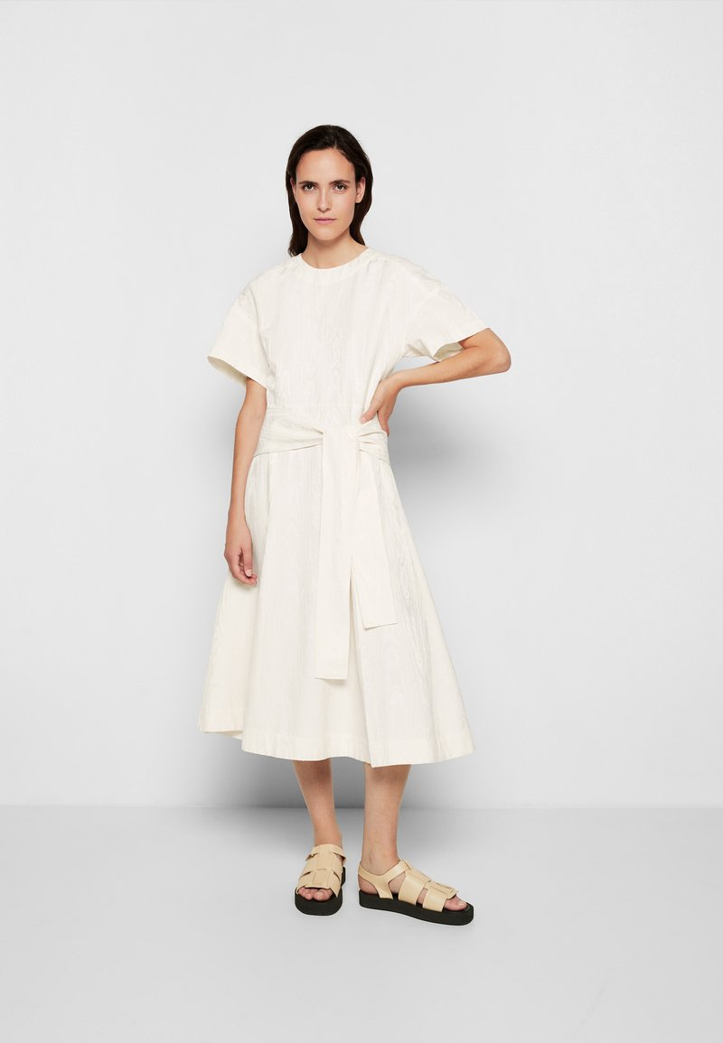 3.1 Phillip Lim - WRAPPED WAIST TIE DAY TSHIRT DRESS - Day dress - offwhite