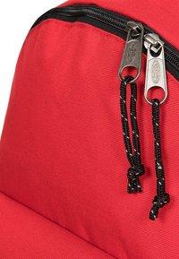Eastpak - BOLD - Rucksack - red - 3