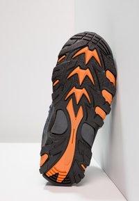 Hi-Tec - BLACKOUT MID WP JR - Hiking shoes - navy/orange - 5
