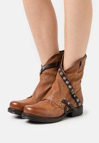 A.S.98 - Classic ankle boots - calvados/testa di moro - 0