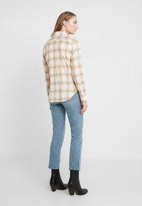 Polo Ralph Lauren - GEORGIA CLASSIC - Camisa - cream/sand - 2