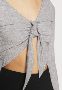 Topshop - TIE FRONT BRUSHED - Long sleeved top - grey marl - 5