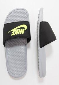 Nike Sportswear - BENASSI JDI - Badsandaler - wolf grey/volt/black - 1