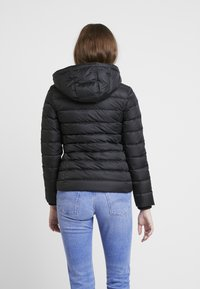 Tommy Jeans - ESSENTIAL HOODED JACKET - Dunjakker - tommy black - 3