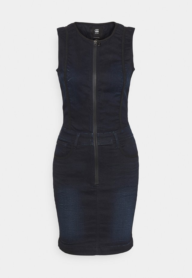 LYNN TYPE 30 DRESS - Spijkerjurk - worn in nightfall