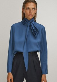 Massimo Dutti - WITH TIE DETAIL - Blouse - blue - 0