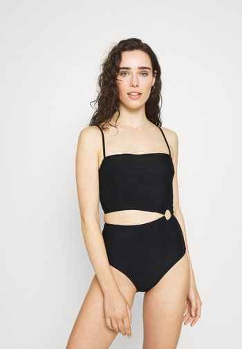 CORE SOLID CUT OUT ONE PIECE - Swimsuit - black