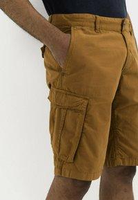 camel active - REGULAR FIT - Shorts - cinnamon - 3