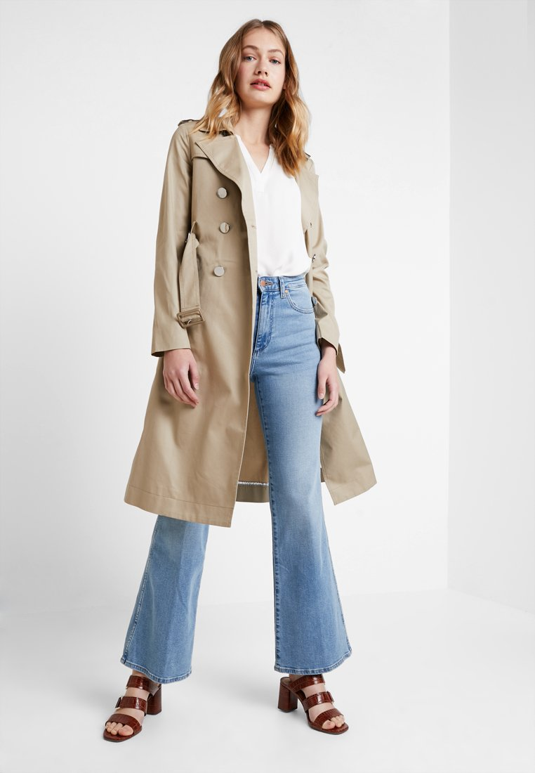 Guess - JANIS TRENCH - Trenchcoat - forest khaki