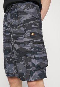 Ellesse - LAVAREDO - Shorts - grey - 0