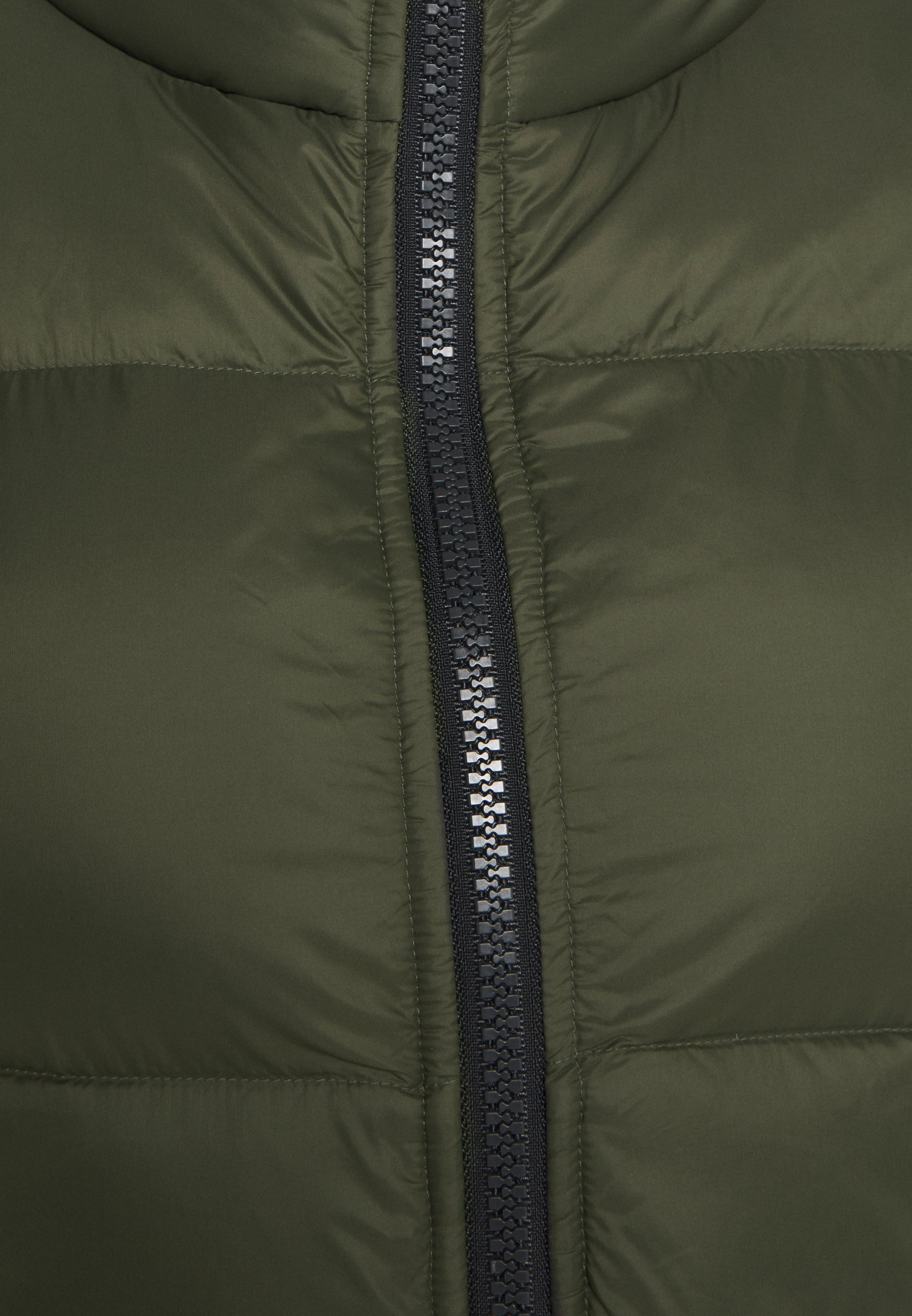 Under Armour SPORTSTYLE VEST - Waistcoat - baroque green Vp0eY