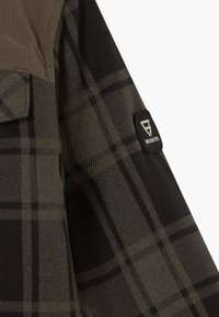 Brunotti - CHECK BOYS - Snowboardová bunda - pine grey - 5