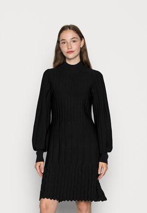 YASVIGSA DRESS - Sukienka dzianinowa - black