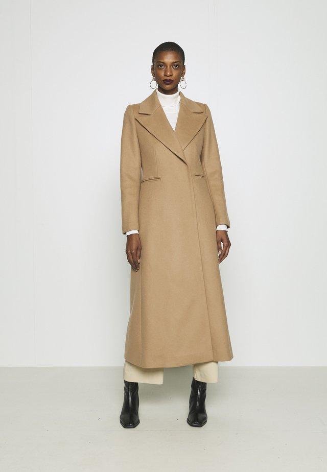 MAXI COAT - Manteau classique - camel