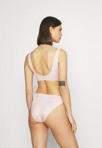 Monki - NILLA BRIEF VANESSA TOP SET - Bikini - pink dusty/light unique - 2