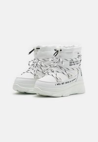 F_WD - Platform ankle boots - white - 2