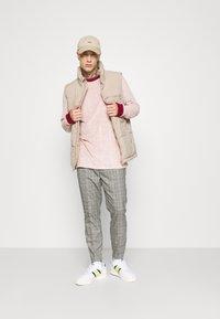 adidas Originals - SAMSTAG TERRY - Long sleeved top - pink - 1
