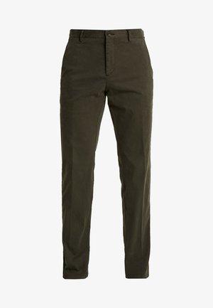 STRETCH PANTS - Chino kalhoty - green