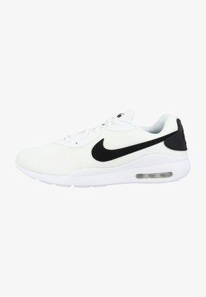 AIR MAX OKETO - Sneaker low - white-black