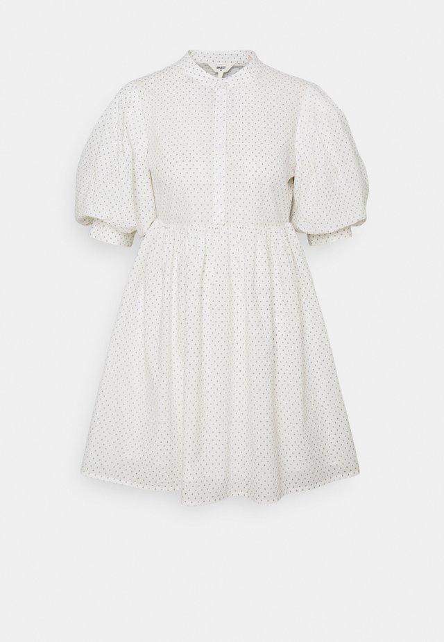 OBJLOUISE DRESS A FAIR - Korte jurk - cloud dancer