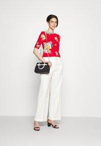 Lauren Ralph Lauren - JUDY ELBOW SLEEVE - Print T-shirt - bright hibiscus/multi - 1
