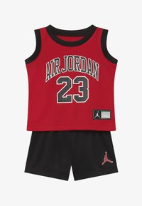 Jordan - MUSCLE SET - Sports shorts - black - 3