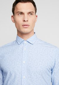 Selected Homme - SLHSLIMMARK WASHED - Formal shirt - skyway - 3