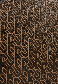 Becksöndergaard - BESRA TONAL MONICA BAG - Handtasche - black - 2