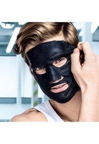 L'Oréal Men Expert - HYDRA ENERGY & PURE CHARCOAL FACE MASK SET - Skincare set - - - 5