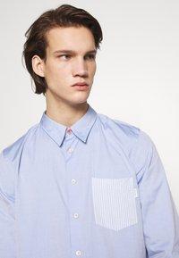 PS Paul Smith - TAILORED FIT - Košile - light blue - 3