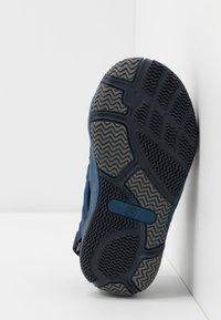 Pax - SAVIOR UNISEX - Walking sandals - navy - 5