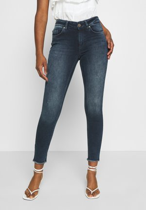 ONLBLUSH LIFE MID RAW - Skinny džíny - blue black denim
