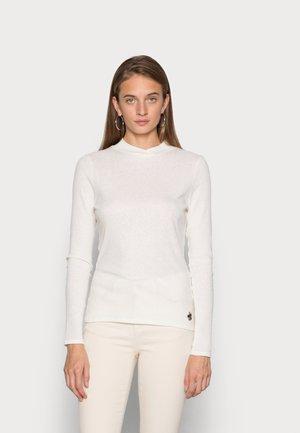 ARLY CROSS NECK - Džemperis - white