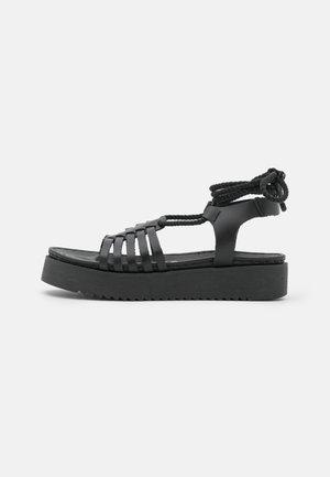 BILY - Sandály na platformě - black