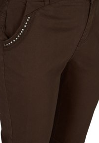 Zizzi - Denim shorts - dark brown - 3