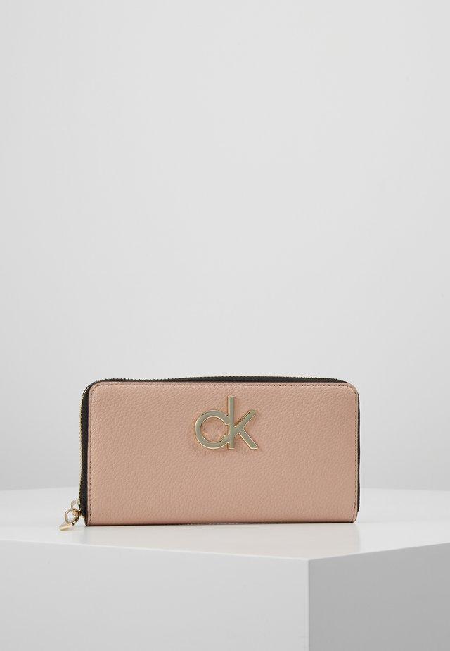 LOCK ZIPAROUND - Wallet - pink