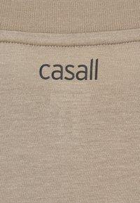 Casall - EASE CREW NECK - Topper langermet - comfort grey - 2