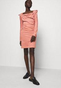 Vivienne Westwood - ELIZABETH DRESS - Jersey dress - dusty pink - 5