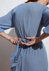 OYSHO - GINGHAM - Day dress - blue - 3