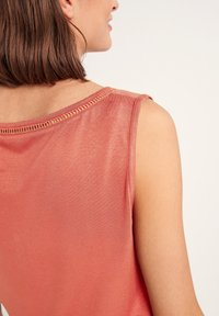 comma casual identity - Blouse - rot - 3