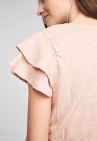 Q/S designed by - Print T-shirt - apricot - 3