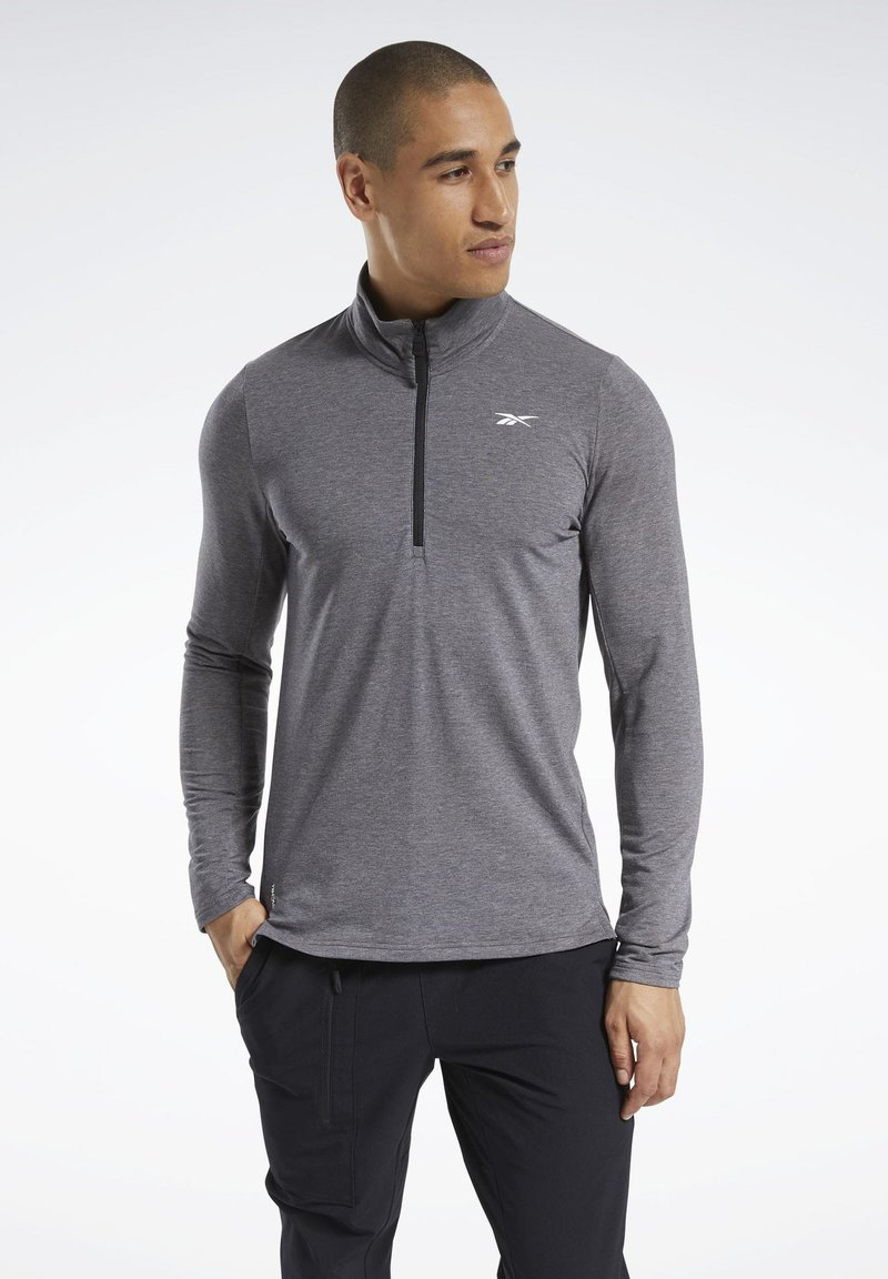 Reebok - ACTIVCHILL+COTTON TRAINING 1/4 ZIP - Sweatshirt - black